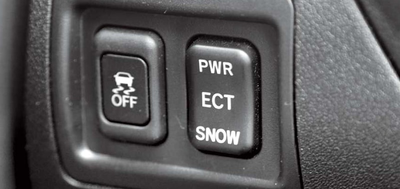 как правильно ездить на автомате зимой с использованием режима SNOW