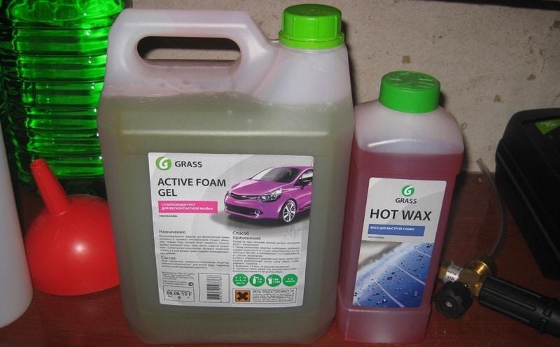 Чем лучше мыть машину