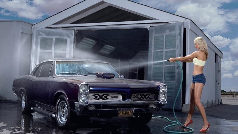 Как мыть машину из шланга