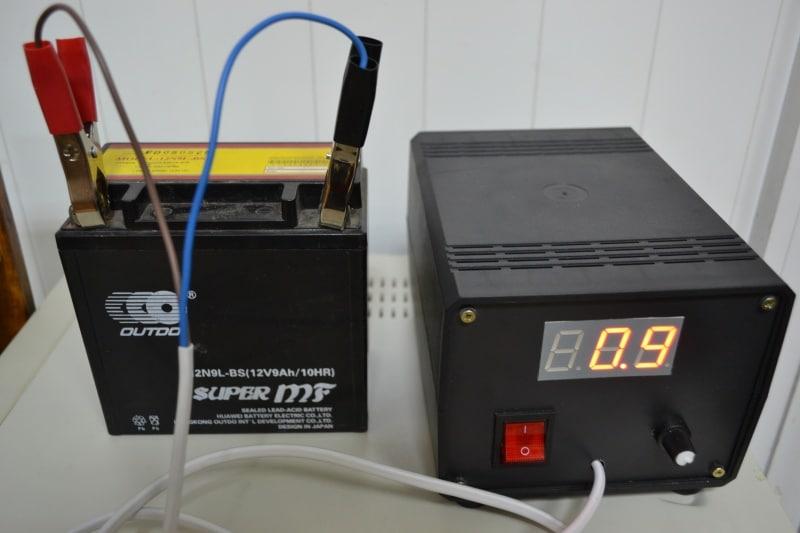 Зарядка автомобильного аккумулятора постоянным током