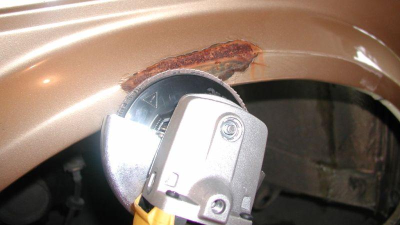 Как удалить ржавчину с металла механическим способом