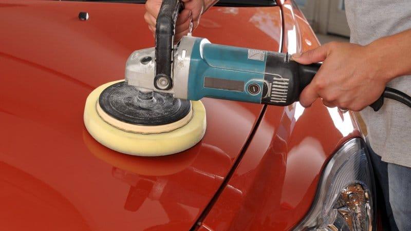 Полировка позволяет скрыть место локальной покраски автомобиля