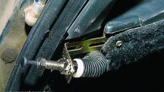 установка датчика открытия багажника