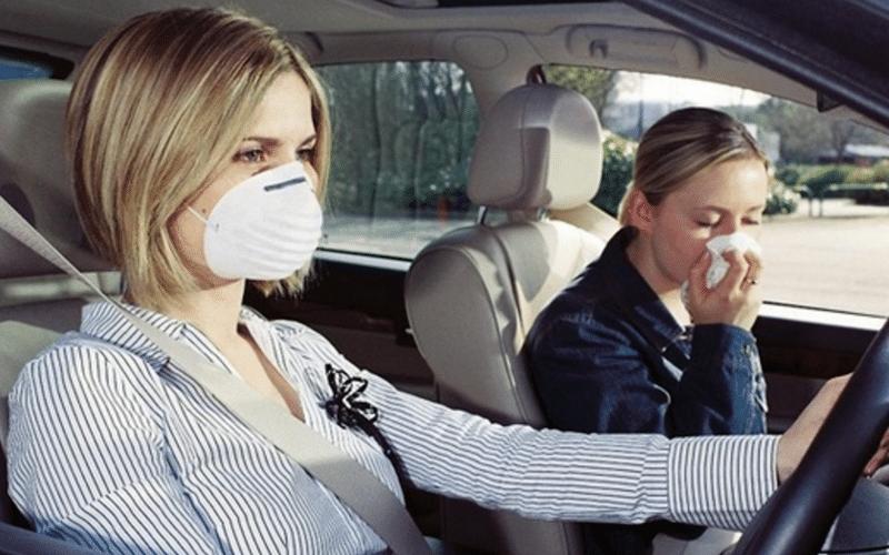 как самостоятельно убрать запах бензина из салона машины