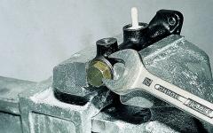как делать ремонт главного цилиндра сцепления