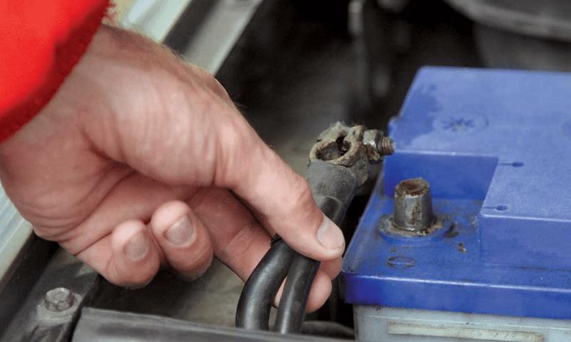 как делать ремонт аккумулятора автомобиля