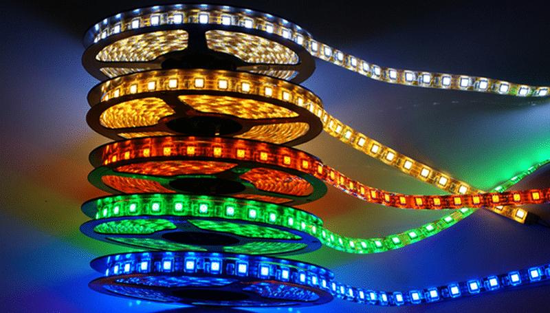 как делается вежливая подсветка салона автомобиля