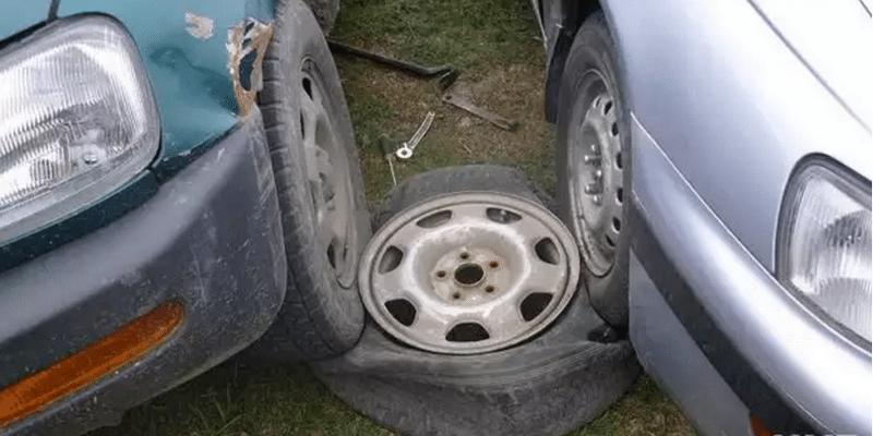 как легко разбортировать колесо автомобиля в домашних условиях