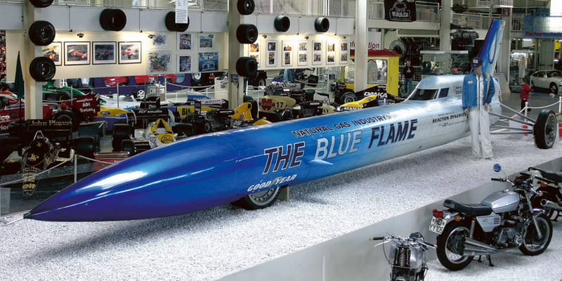 какая легковая машина самая быстрая в мире