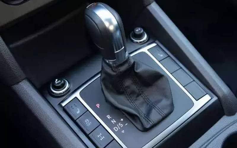как правильно водить машину на автомате