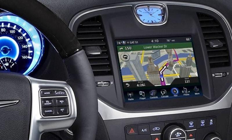 Какой автомобильный навигатор лучше купить