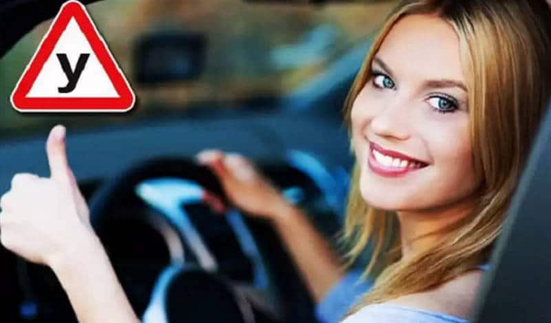 какую машину выбрать начинающему водителю-девушке