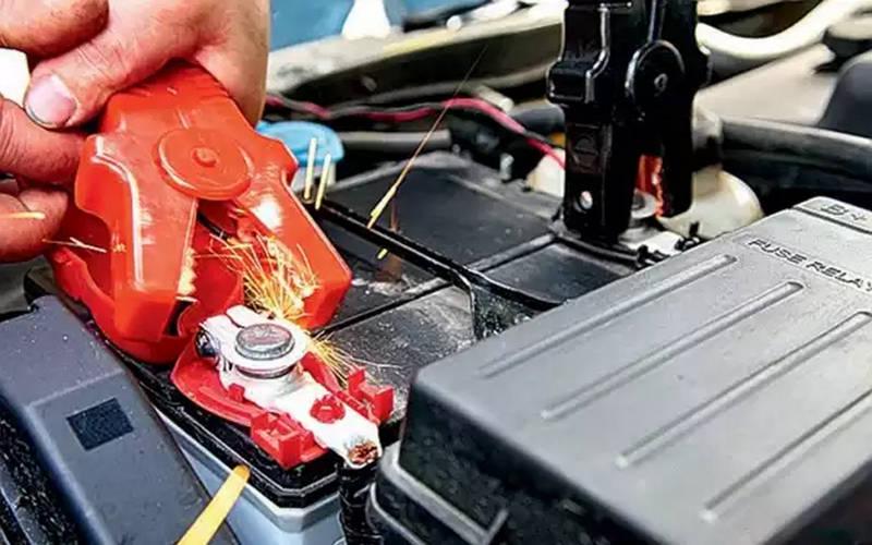 какое бывает напряжение зарядки автомобильного аккумулятора от генератора