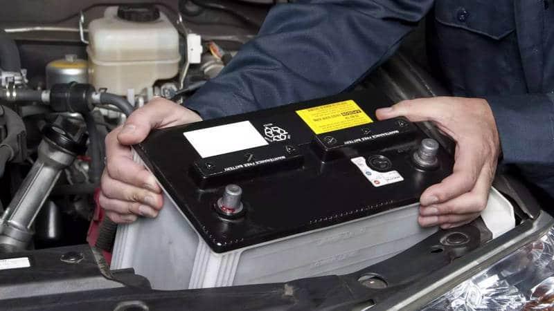 сколько служит аккумулятор автомобиля в легковушке