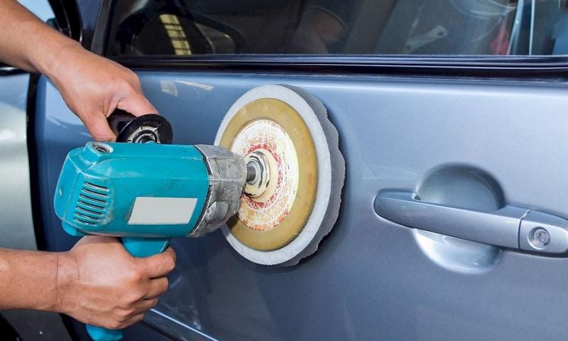 Как убрать сколы на кузове автомобиля своими руками