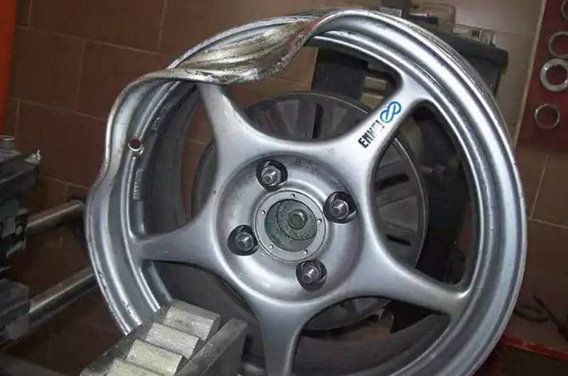 с чего начинается ремонт автомобильных дисков