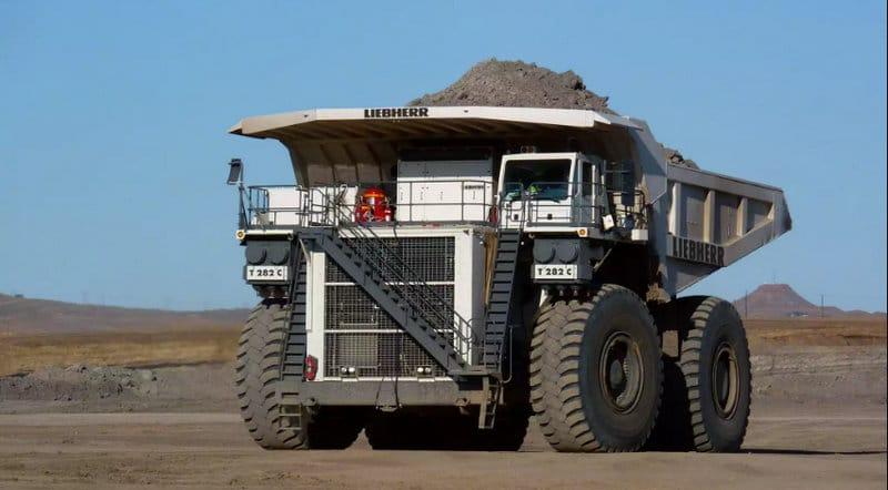 самые огромные грузовые машины в мире