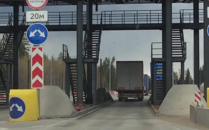 как выглядит строительство трассы Москва-Питер