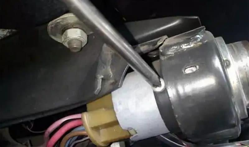 как снять замок зажигания на ВАЗ-2107